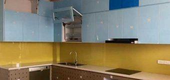 Giải đáp kính màu ốp bếp giá bao nhiêu tiền 2021